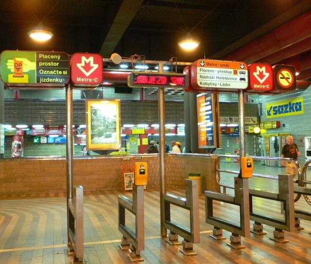 Prague Subway Mapinfo.Prague Interactive Metro Guide Prague Subway Map Price Working